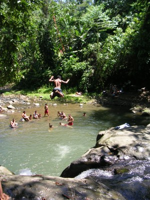 waterfall hiking tours in puerto viejo
